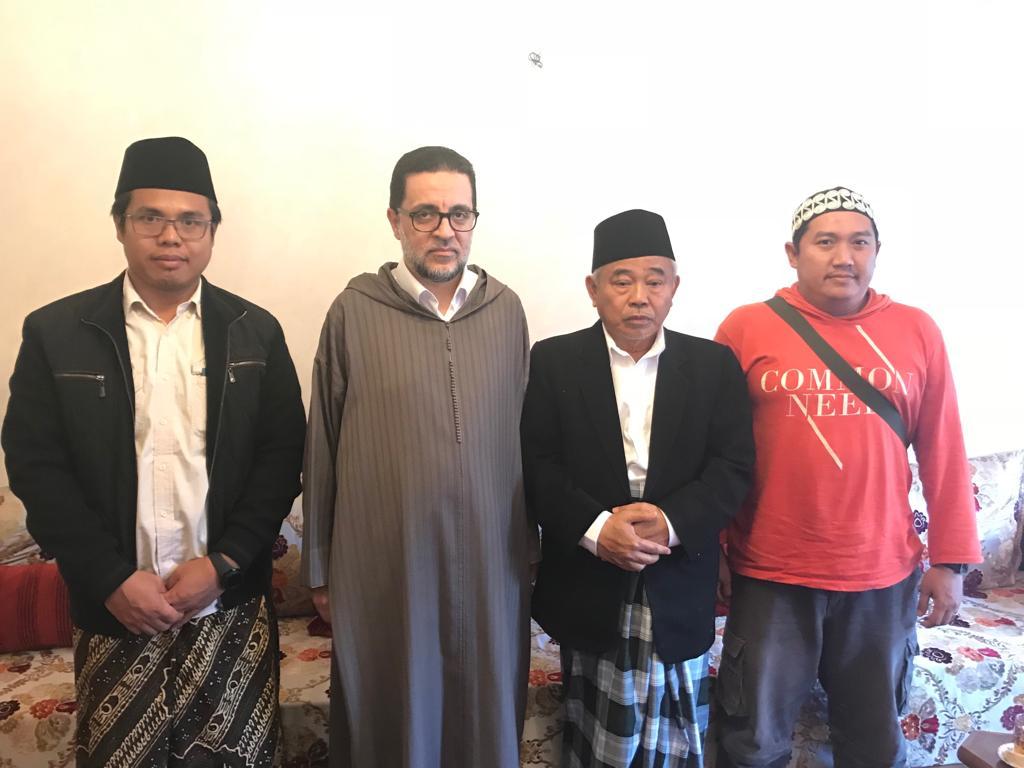 Pendiri IKHAC Bersilaturrahmi dengan Syeikh Abd al Munim al Ghumariy