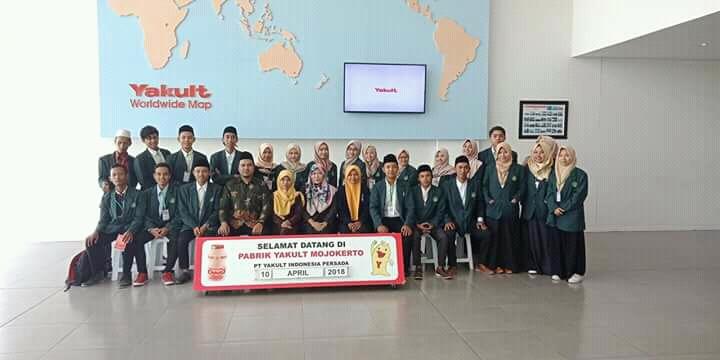 Kunjungan Industri ke PT. Yakult Indonesia Persada