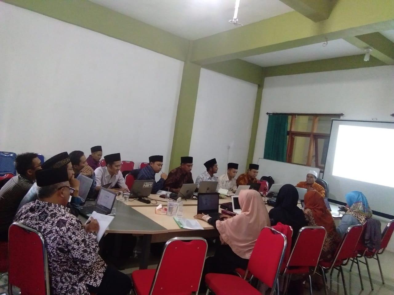 Workshop Metodologi Penelitian Kuantitatif dan Kualitatif